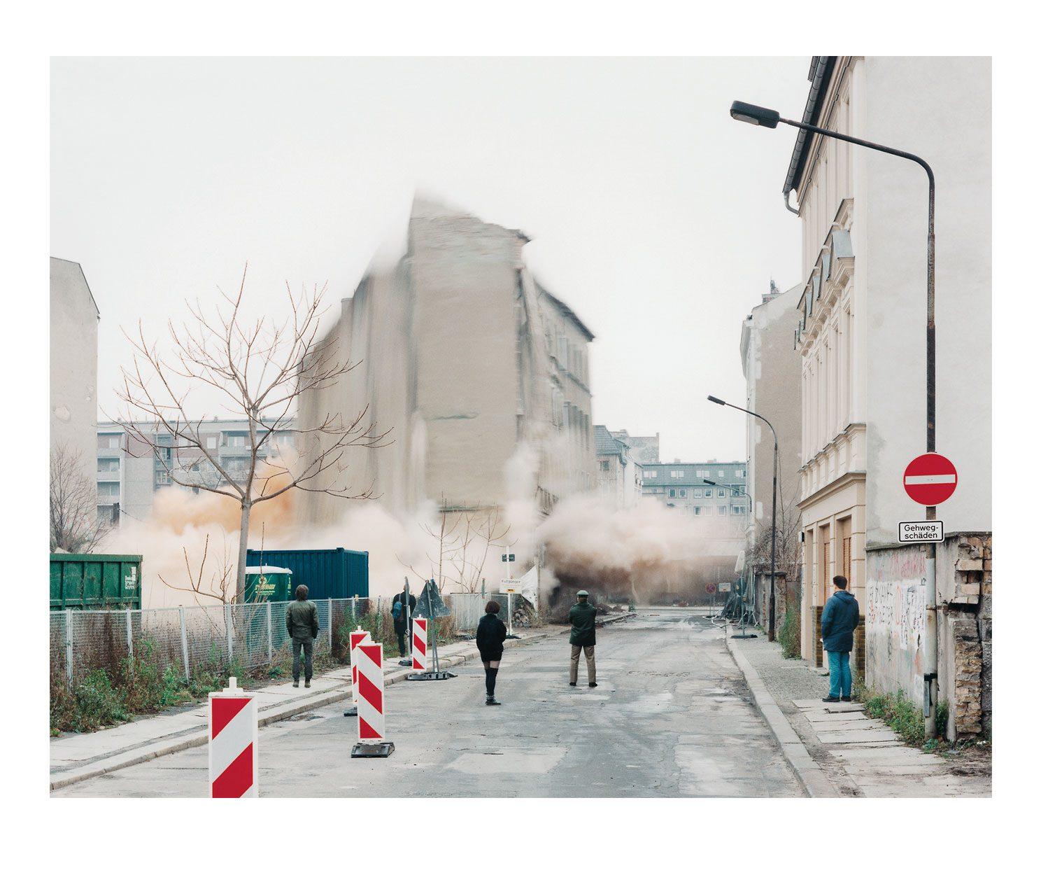 Stadt #10, Sprengung Mulackstrasse, 1995