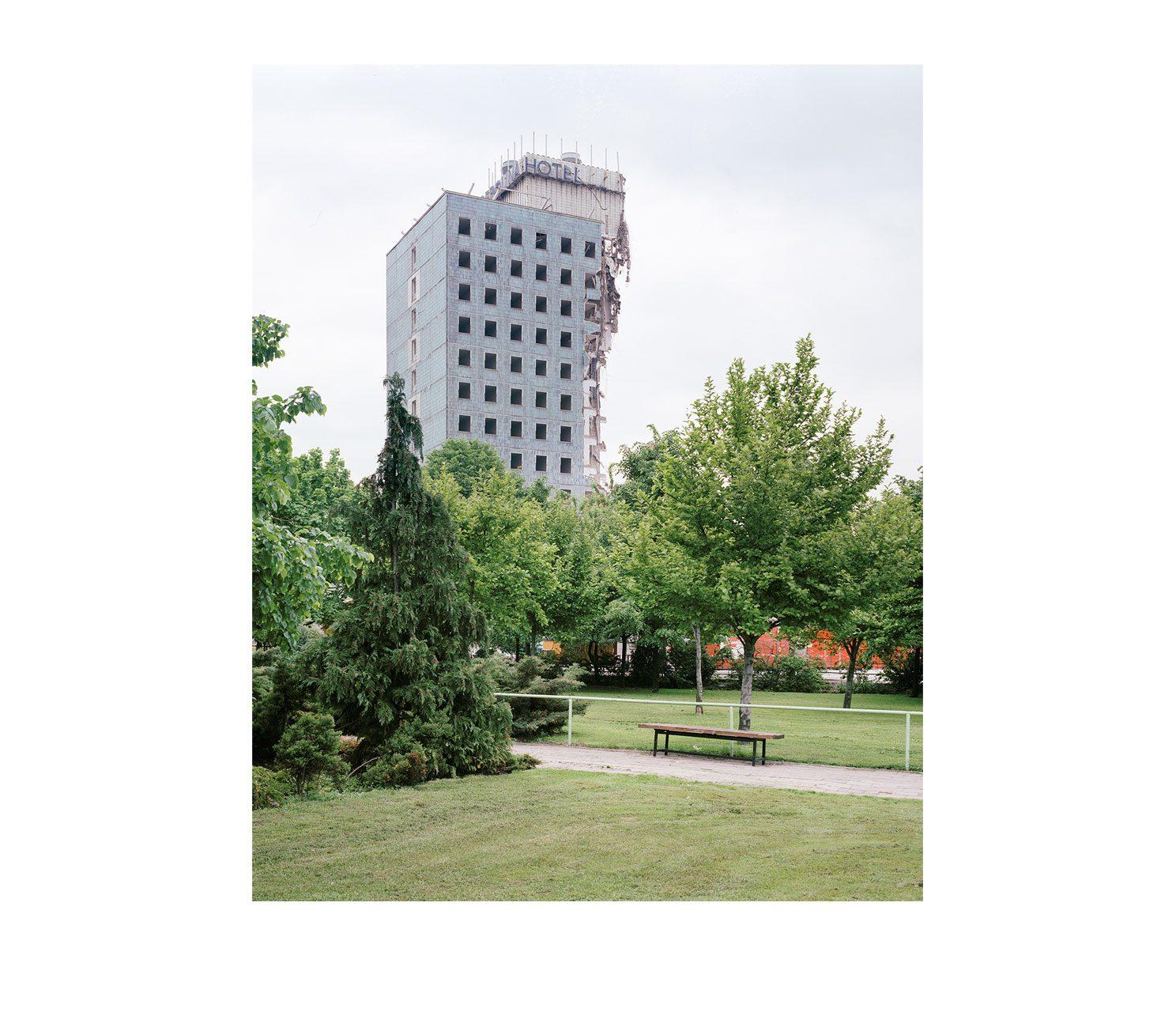 Stadt #17, Abriss, Hotel Berolina, 1996